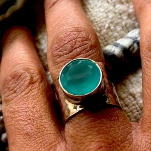 Turquoise hammered silver ring